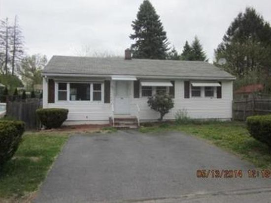 18 Hoffman Ave, Lawrence, MA 01841