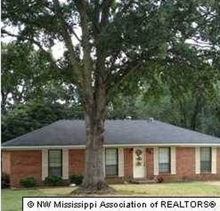 355 Cedar Dr, Holly Springs, MS 38635