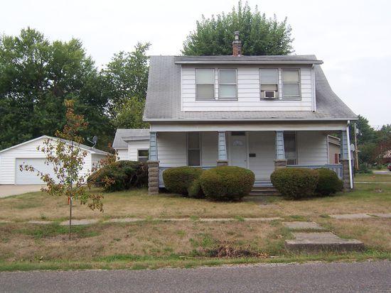 251 N Scofield St, Carthage, IL 62321