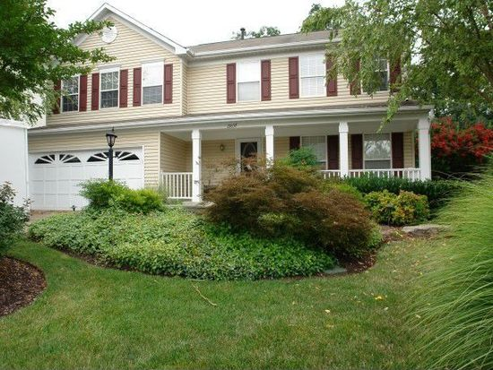 21037 Willowbrook Dr, Ashburn, VA 20147