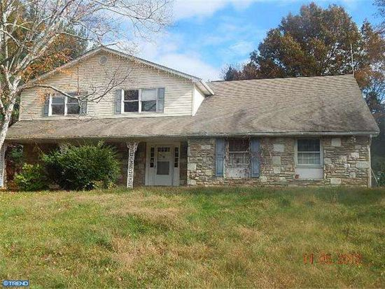 1219 Somers Rd, Huntingdon Valley, PA 19006