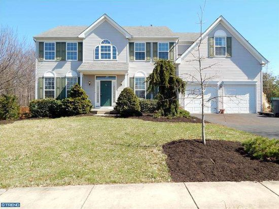 5 Paddington Rd, Collegeville, PA 19426
