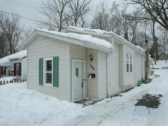205 N Clarendon St, Kalamazoo, MI 49006