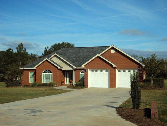 6106 Cottonwood Ln, Blackshear, GA 31516