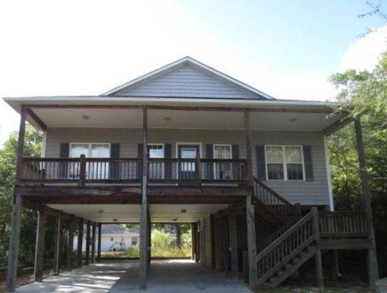 103 NW 10th St, Oak Island, NC 28465