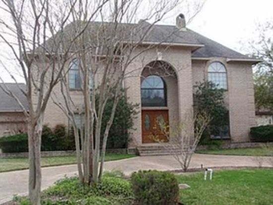 208 Emberglow Cir, College Station, TX 77840