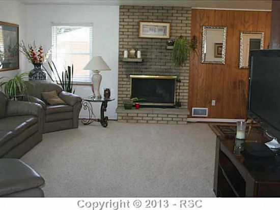 1533 Hollyhock Dr, Colorado Springs, CO 80907