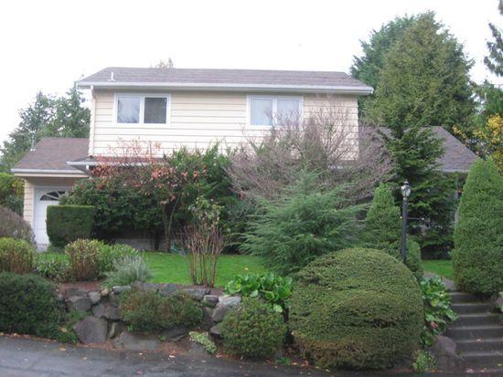 2040 NE 104th St, Seattle, WA 98125