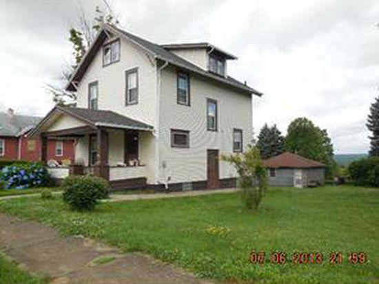 400 Emerson Ave, Farrell, PA 16121