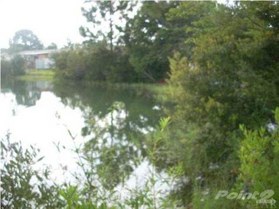 7988 Twin Lake Dr, Milton, FL 32583