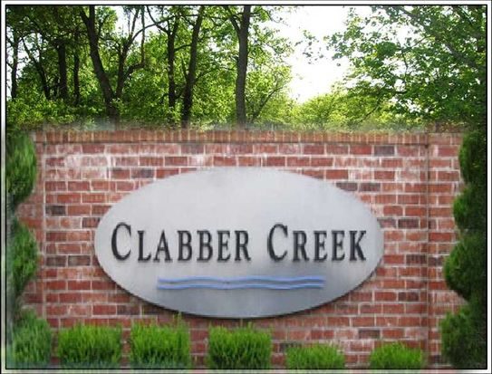 2593 N Brush Creek Dr, Fayetteville, AR 72704
