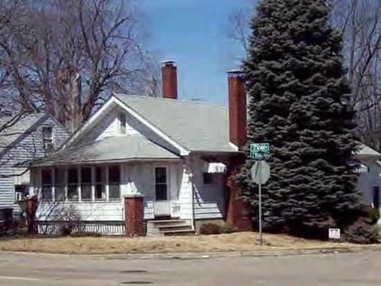 1904 W Grand Ave, Decatur, IL 62522
