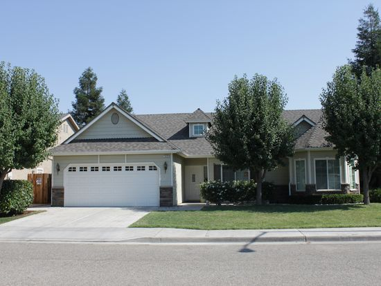 E Turnberry Ave, Fresno CA
