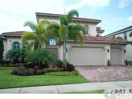 617 Edgebrook Ln, Royal Palm Beach, FL 33411