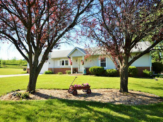 N83W25944 Spring Hill Blvd, Sussex, WI 53089