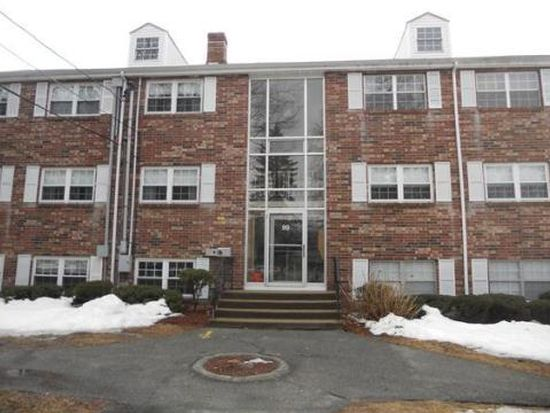 99 Edgelawn Ave APT 3, North Andover, MA 01845