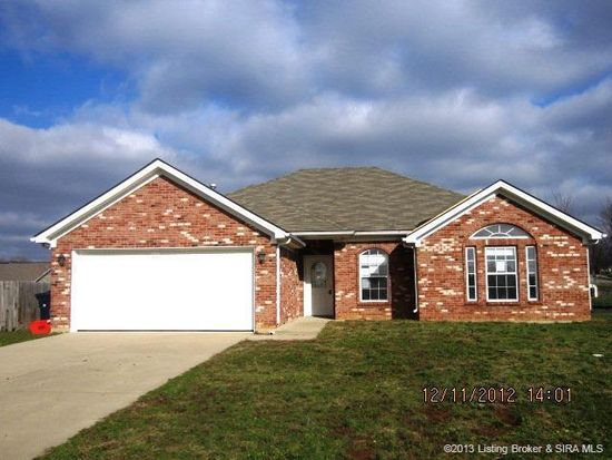 8826 Saddle Ridge Trl, Charlestown, IN 47111