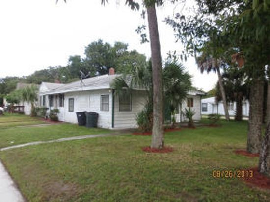 911 Citrus Ave, Fort Pierce, FL 34950