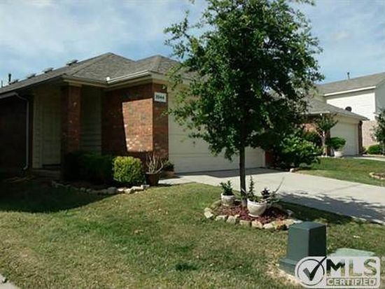 3044 Spotted Owl Dr, Fort Worth, TX 76244