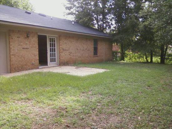 111 Cherokee Ave, Leesburg, GA 31763