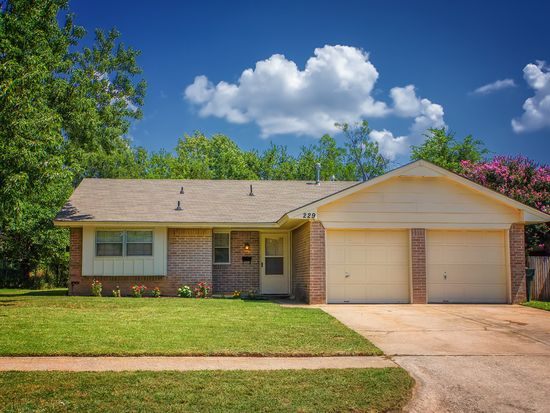 229 Overton Dr, Norman, OK 73071