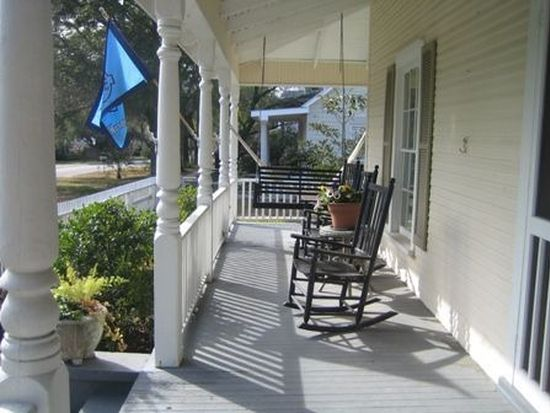 308 W West St, Southport, NC 28461