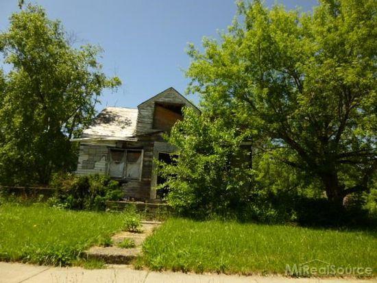 7603 Warwick St, Detroit, MI 48228