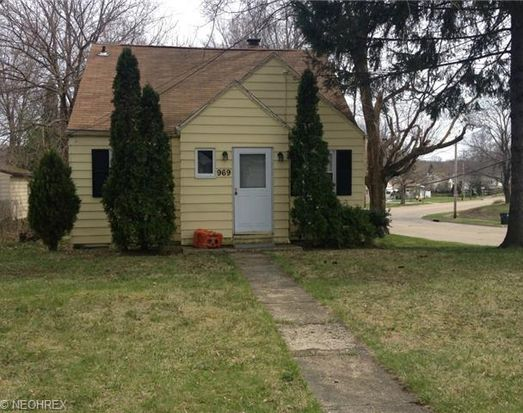 969 Eastland Ave, Akron, OH 44305