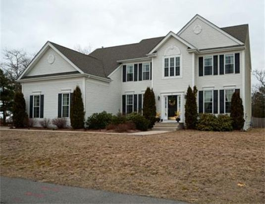 2 Zions Pl, Plymouth, MA 02360