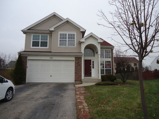 331 S Clearview Cir, Round Lake, IL 60073