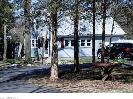 158 Sperry Rd, Bethany, CT 06524