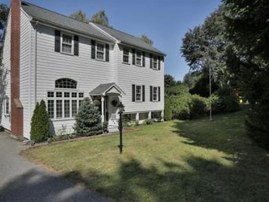 122 Lexington St, Burlington, MA 01803