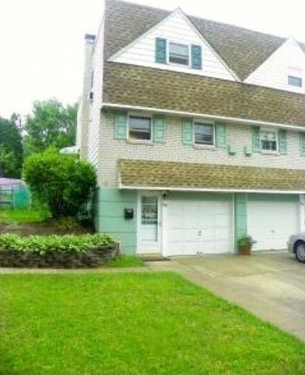 1734 N Hills Dr, Norristown, PA 19401