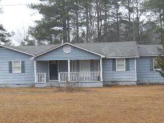 6662 Old Plank Rd, Parkton, NC 28371