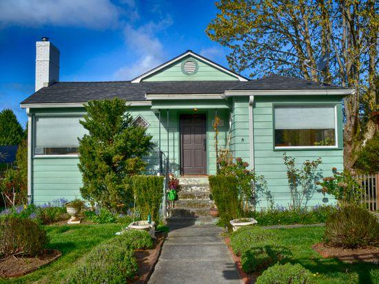 11207 Evanston Ave N, Seattle, WA 98133