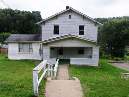 915 Lyndale Ave, Bluefield, WV 24701
