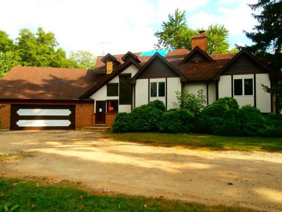 4215 Venard Rd, Downers Grove, IL 60515