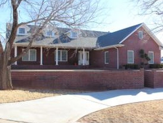 708 Hunter Ln, Sayre, OK 73662