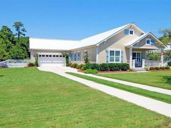 5004 Canvasback Ct, Southport, NC 28461