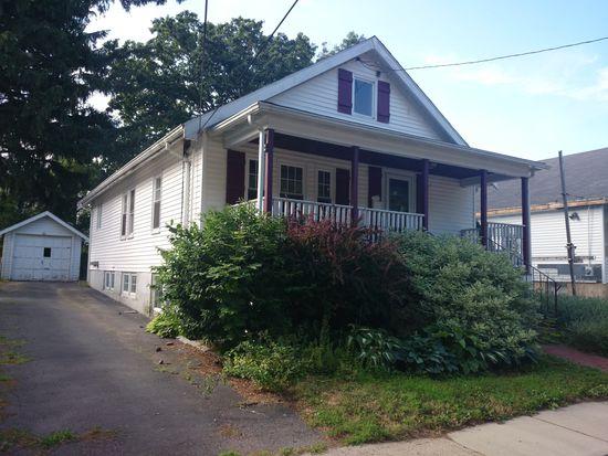 28 Brier Rd, Boston, MA 02132