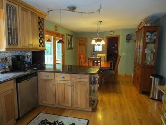 20 Deer Run, Fremont, NH 03044