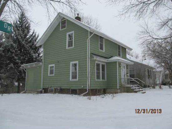 1349 Lincoln Dr, Marion, IA 52302