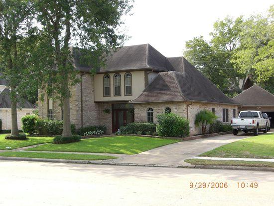 1527 Plantation Dr, Richmond, TX 77406