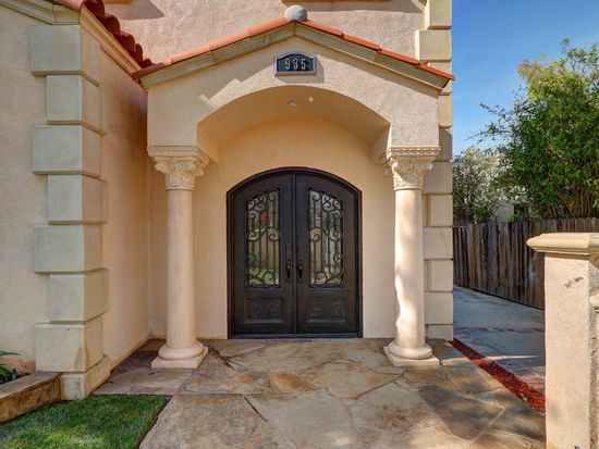 935 S Stanley Ave, Los Angeles, CA 90036
