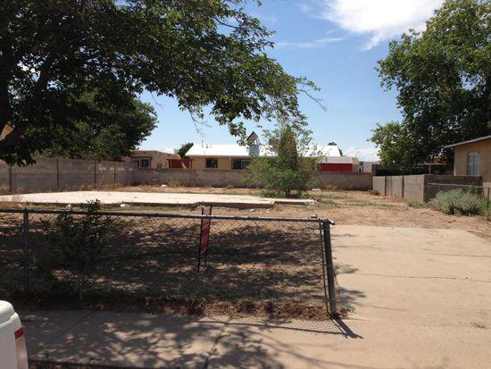 209 Claire Ln SW, Albuquerque, NM 87121