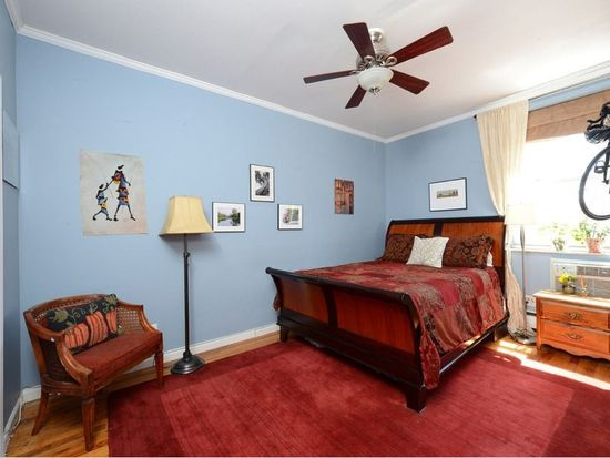 225 W 70th St APT 6E, New York, NY 10023