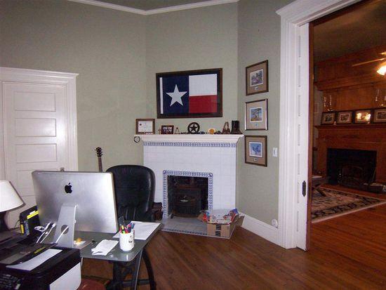 2108 Harrison St, Beaumont, TX 77701