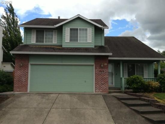 1056 Meadowlawn Pl, Molalla, OR 97038