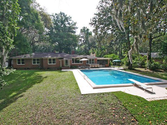 1738 Holly Oaks Lake Rd E, Jacksonville, FL 32225