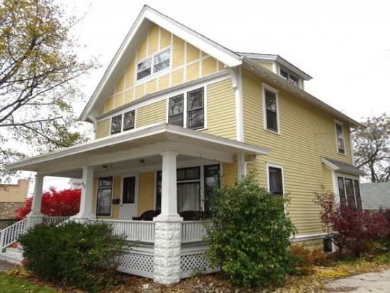 518 Lincoln Ave, Waukesha, WI 53186